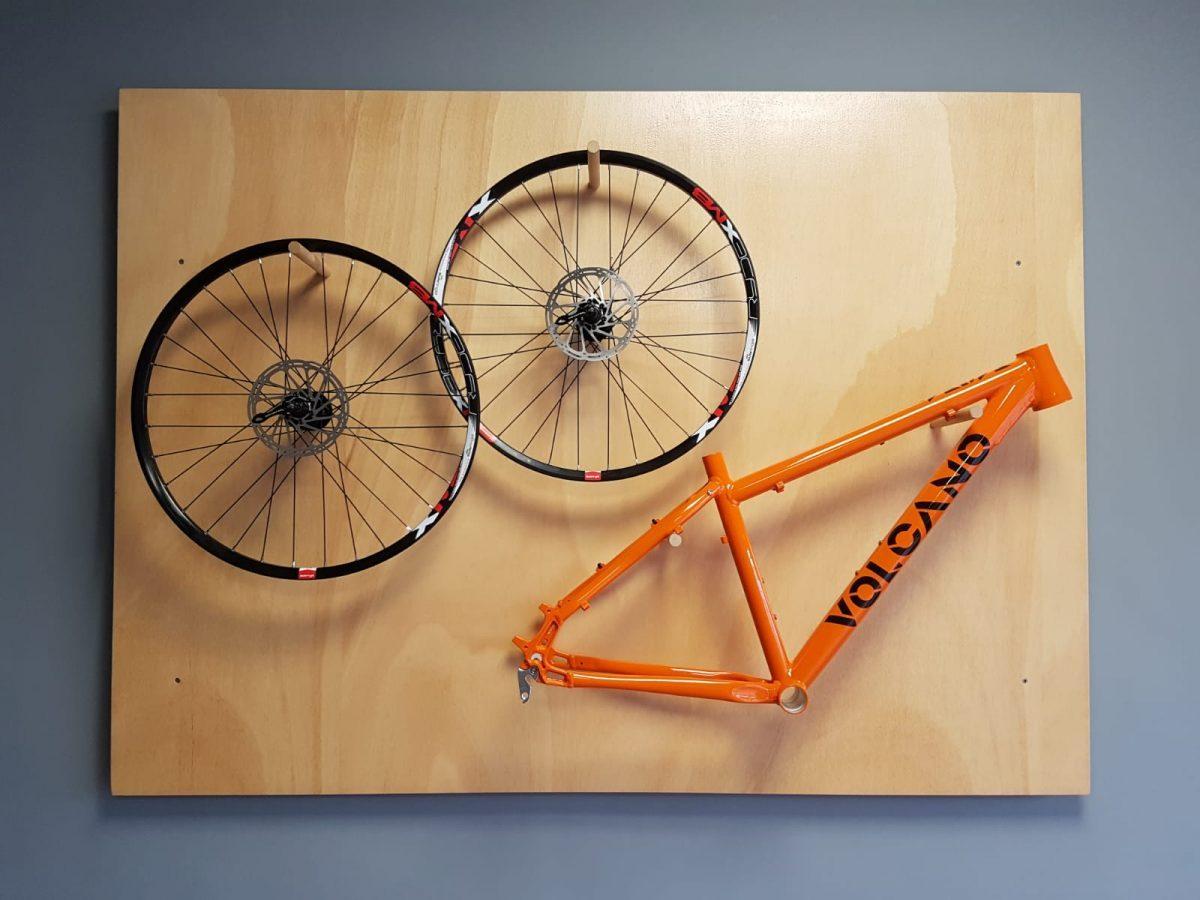 VOLCANO BIKE Fahrradrahmen und Fahrradfelgen